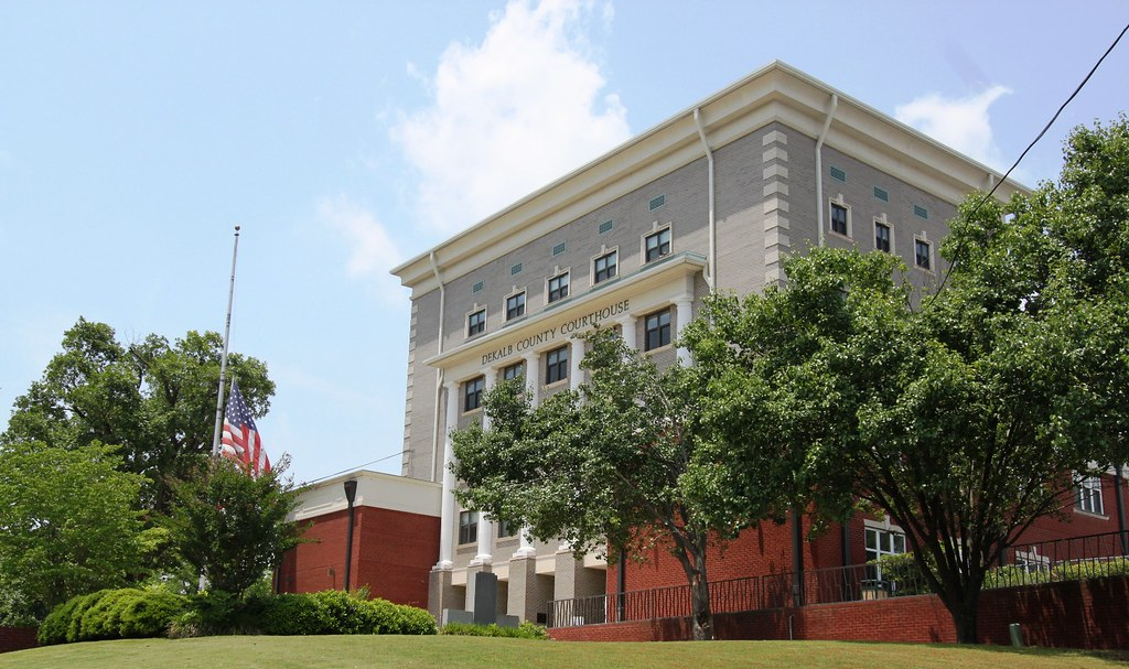 DeKalb County Courthouse IMG 3776