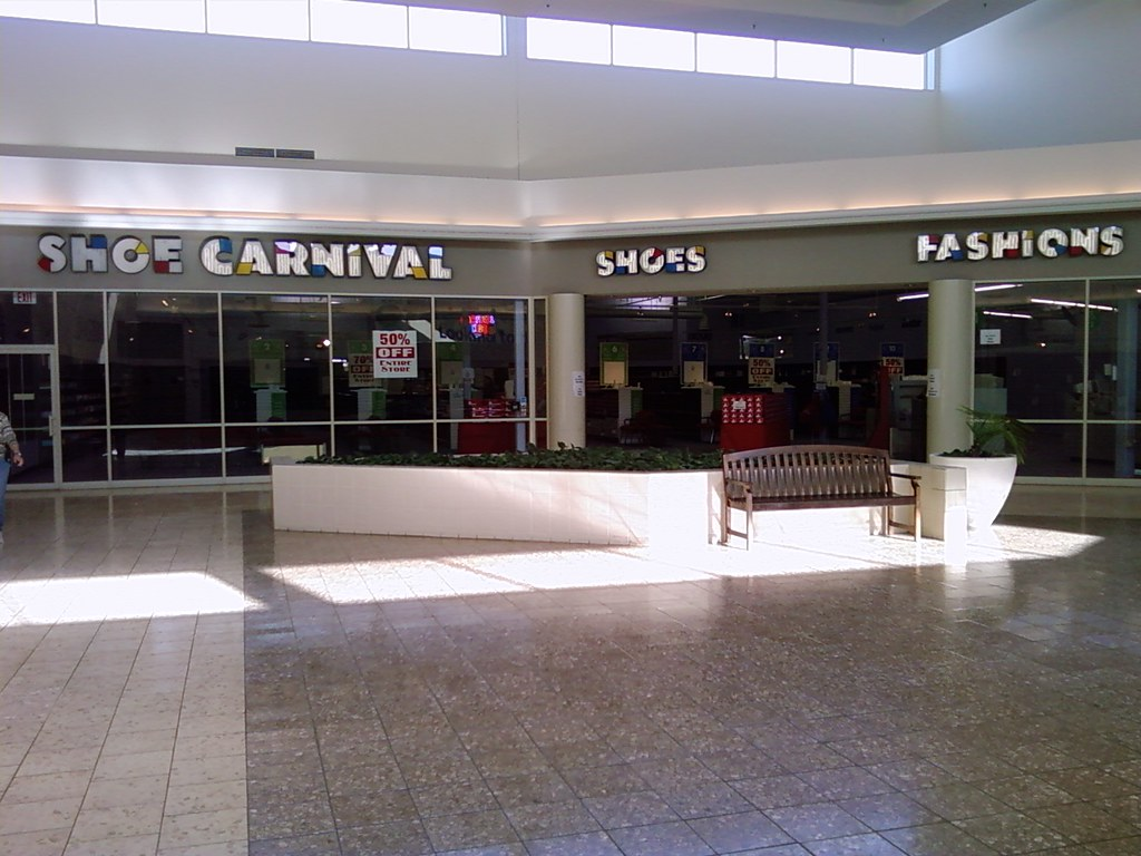 Southridge Mall Shoe Store