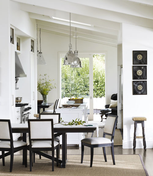 CLX-white-dining-room-wide-open-spaces-0312-xln