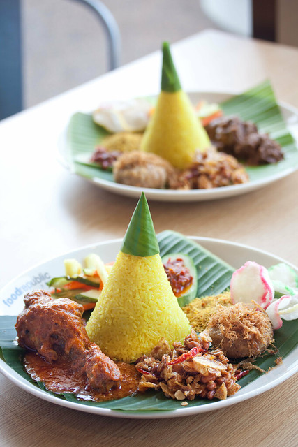 Nasi Kuning Set