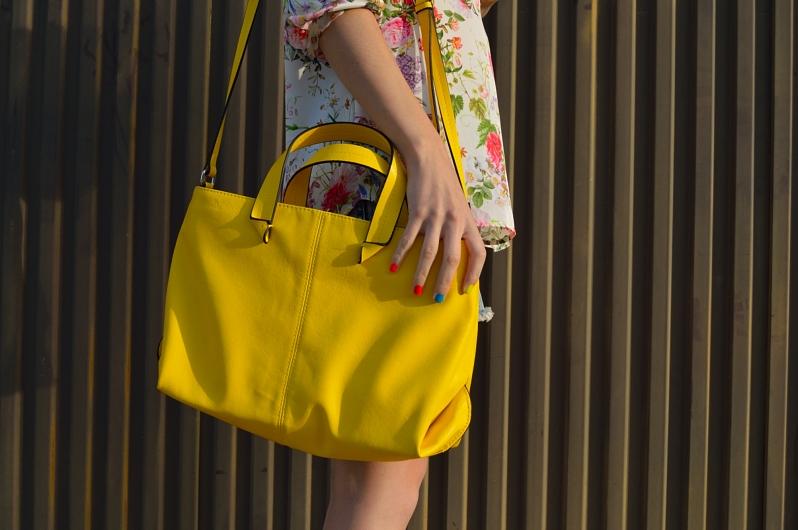 lara-vazquez-madlulablog-yellow-details-bag