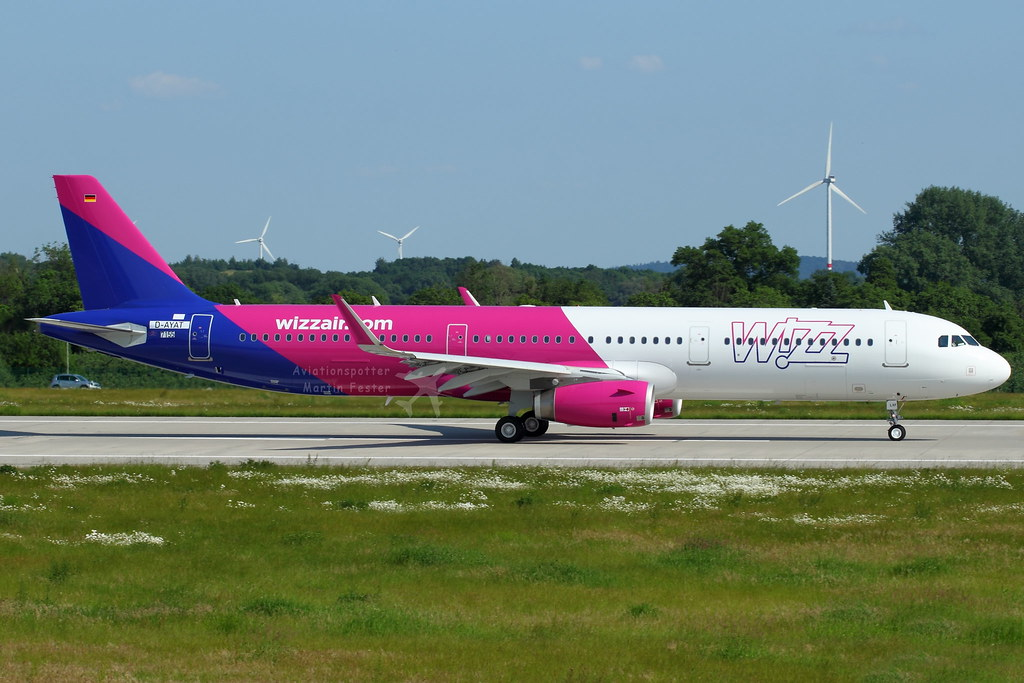 HA-LXF - A321 - Wizz Air