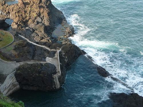 Der Nachbarort von Porto Moniz verfügt über mehr malerische Gemütlichkeit und spektakulärere Schwimmbecken