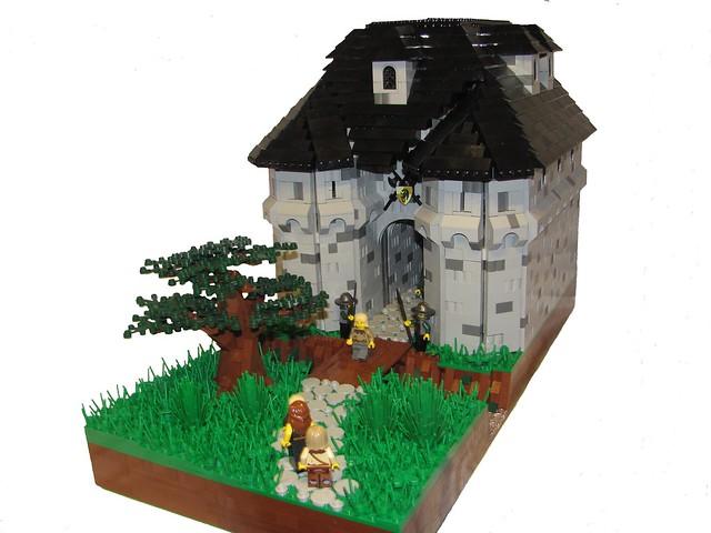 Gatehouse 6807334162_d6dc645f22_z