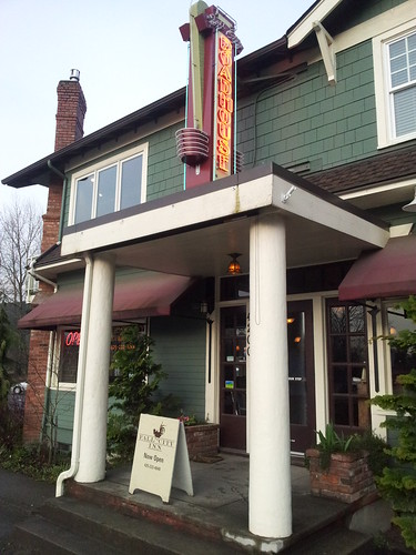 Fall City Roadhouse & Inn