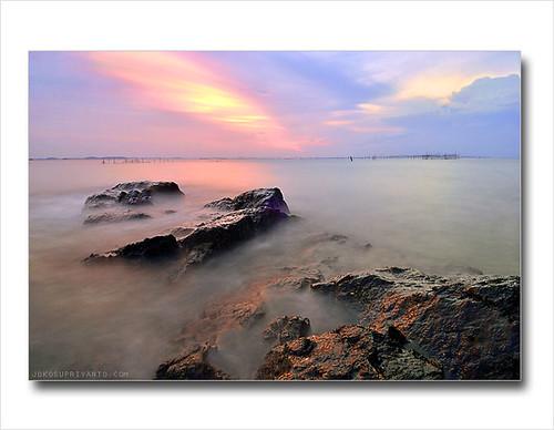 Senja Di Pulau Putus