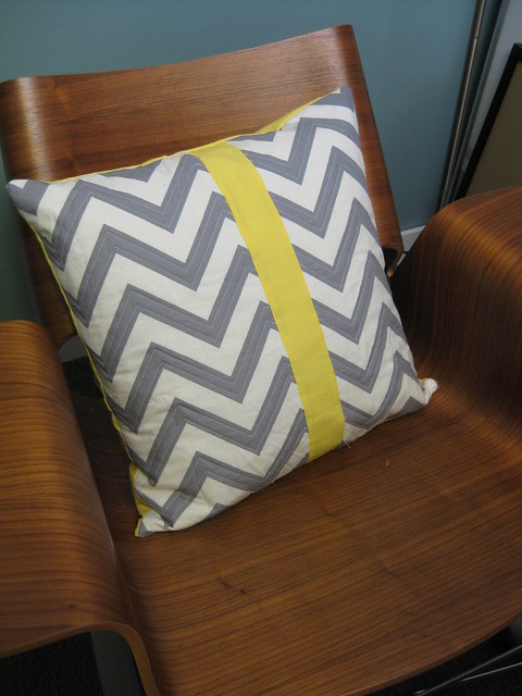 gray zig-zag pillow