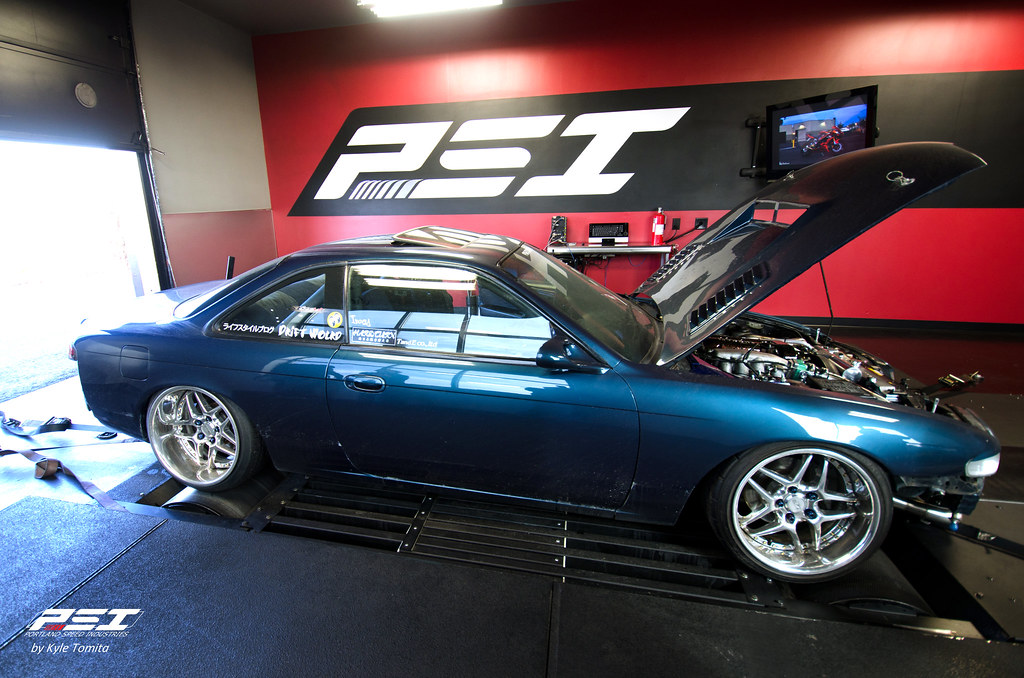 Garage Autohero - SR S14 on the dyno at PSI