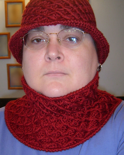 Netted Cowl