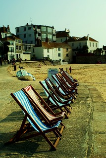 Remembering deckchairs.