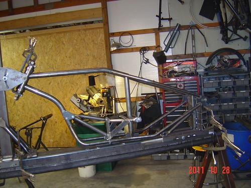 kyle_malinky_1967_bonneville_2012_salt_flats_race_  bike_frame_fabrication_3