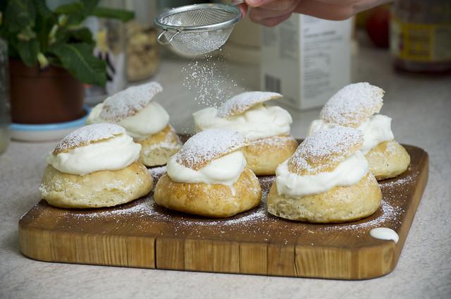 Vastlakuklid / Shrove Tuesday buns