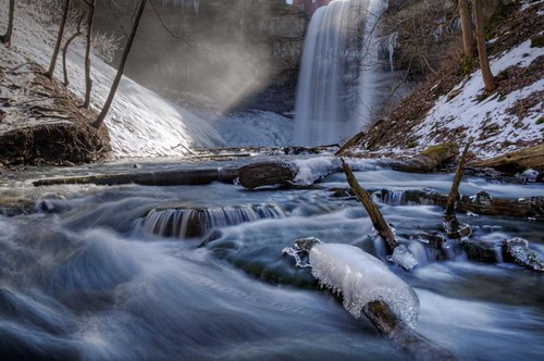 winter mist ice creek waterfall stream falls brook niagaraescarpment decewfalls twelvemilecreek ontariowaterfalls