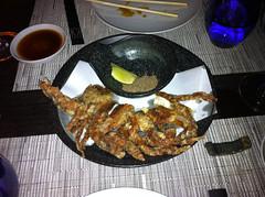 Tempura de cangrejo de concha blanda rebozada