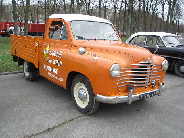 renault colorale pick up prairie orange a photo on flickriver. Black Bedroom Furniture Sets. Home Design Ideas
