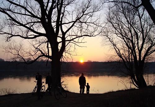 sunset river geotagged poland warsaw vistula białołęka