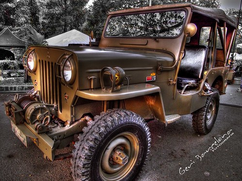 Army Jeep in HDR