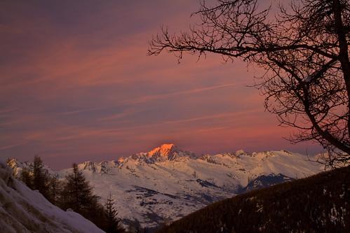 sunset snow ski mountains alps tree silhouette montagne alpes la soir plagne neigh