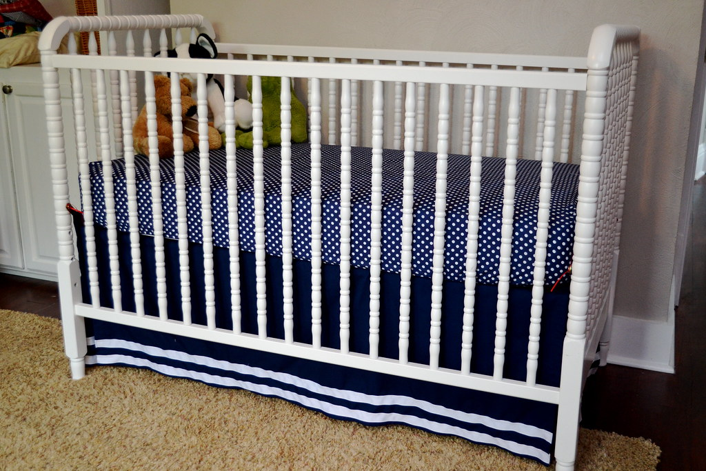 A Diy Crib Skirt From A Flat Sheet Newlywoodwards