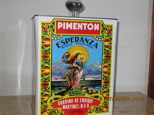 lámpara de lata de pimenton