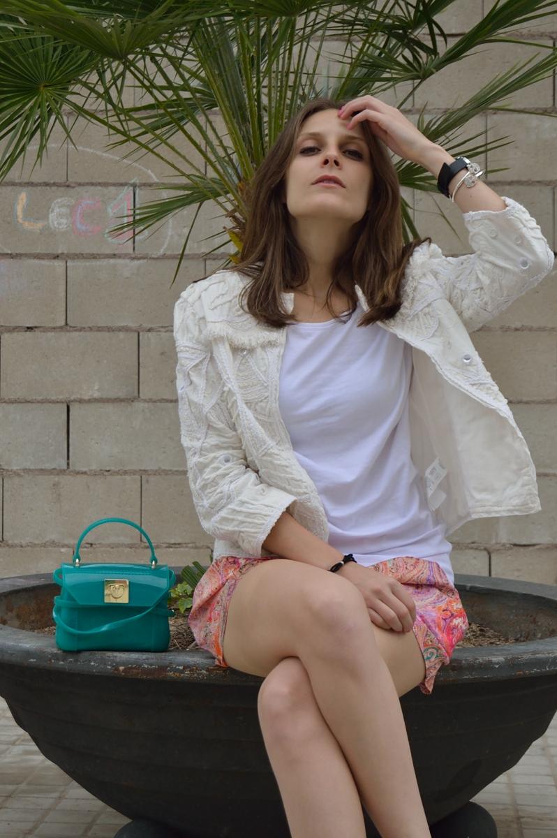 lara-vazquez-madlula-blog-details-candy
