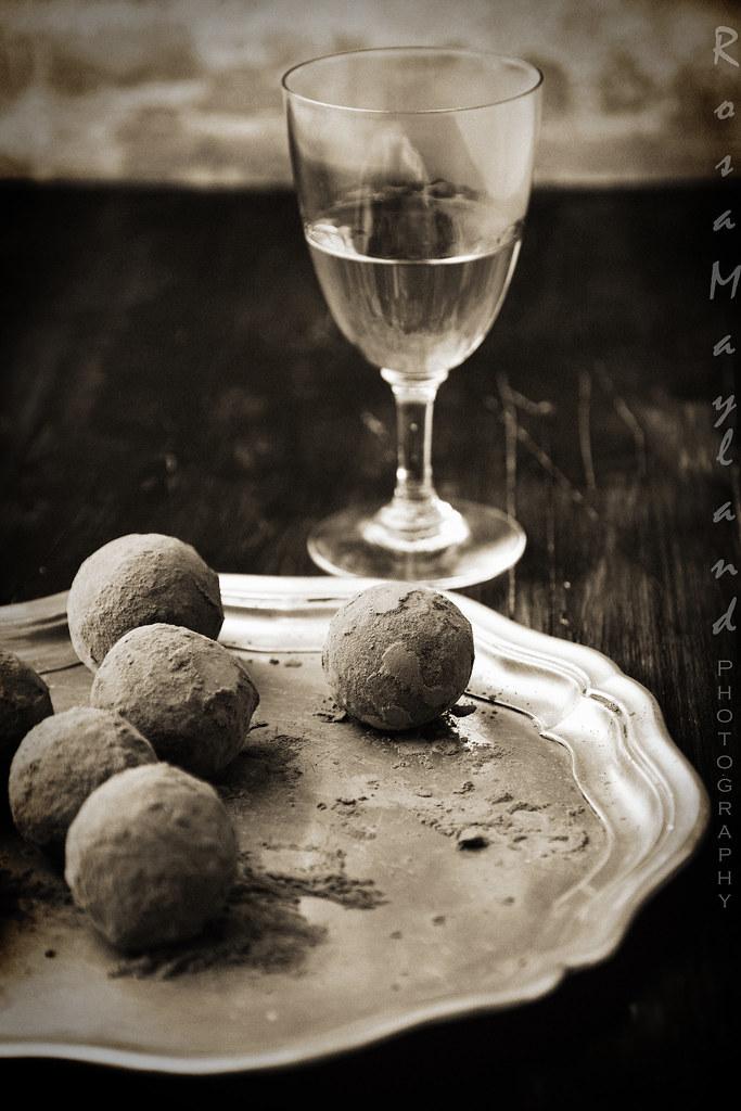 Hazelnut Date Truffles & Whisky