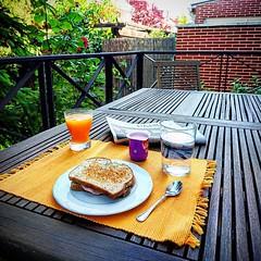 Ya se puede desayunar fueraaaaa!! #desayuning #xperiaz5 #xperiaphotoacademy #xperiamadrid #caloring #hoy #Tobago