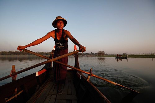 travel bridge sunset lake boat asia dusk burma bama rowing myanmar boatman goldenhour amarapura ubeinbridge ubein travelphotography taungthaman 1635f28l myanma taungthamanlake 163528l canon5dmarkii myanmar2012