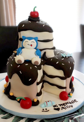 Snorlax Birthday Cake