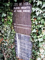 Photo of Bronze plaque number 9930