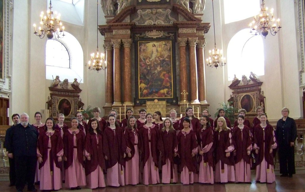 Seattle Girls' Choir at Dom zu Salzburg, Austria