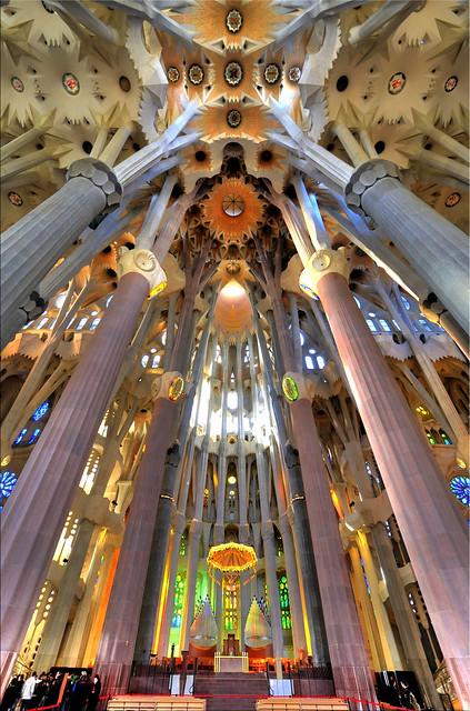 Interior sagrada familia flickr photo sharing for Interior sagrada familia