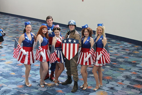 Cap and the USO girls!