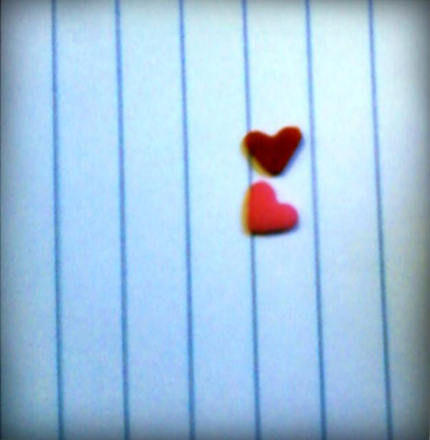 2 sugar hearts