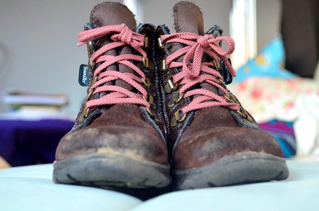 mein Babys alte Schuhe haben ihre besten Zeiten auch hinter sich :)