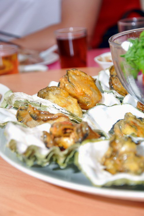 CD Slow Battered Fried Fresh Oyster and Fresh Mussel with Honey Sauce