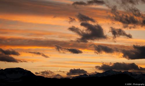 sunset red italy mountain yellow clouds canon landscape tramonto nuvole adm giallo rosso montagna paesaggio trentino 400d malosco alek81