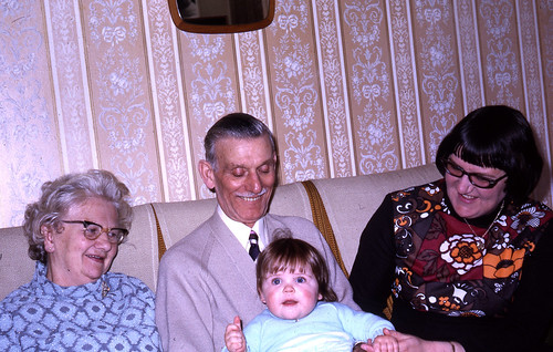 mum-jane-grandparents-25-march-1973