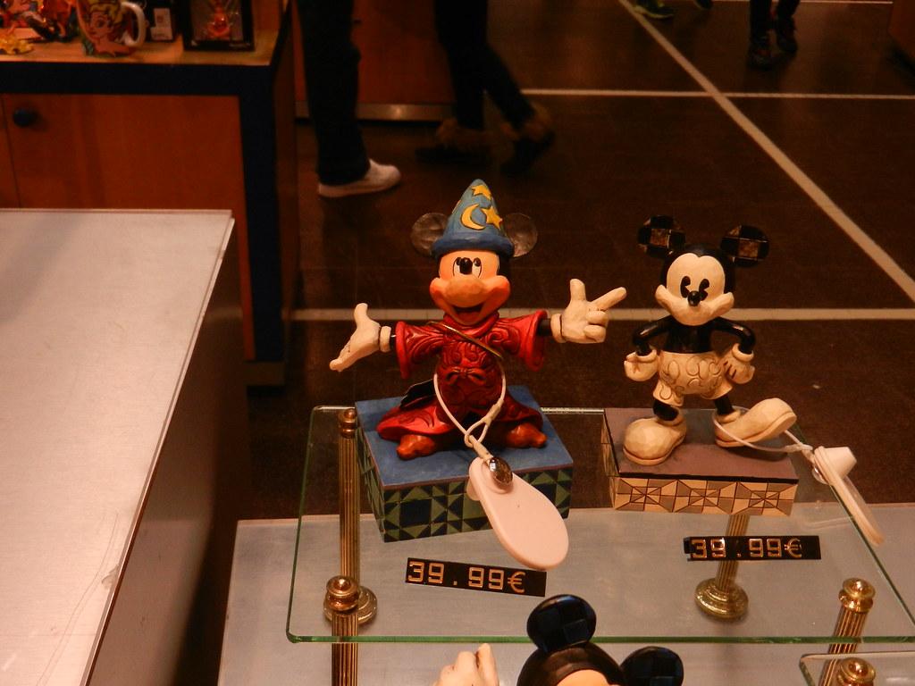 Un séjour pour la Noël à Disneyland et au Royaume d'Arendelle.... 13604909755_2a4153c090_b