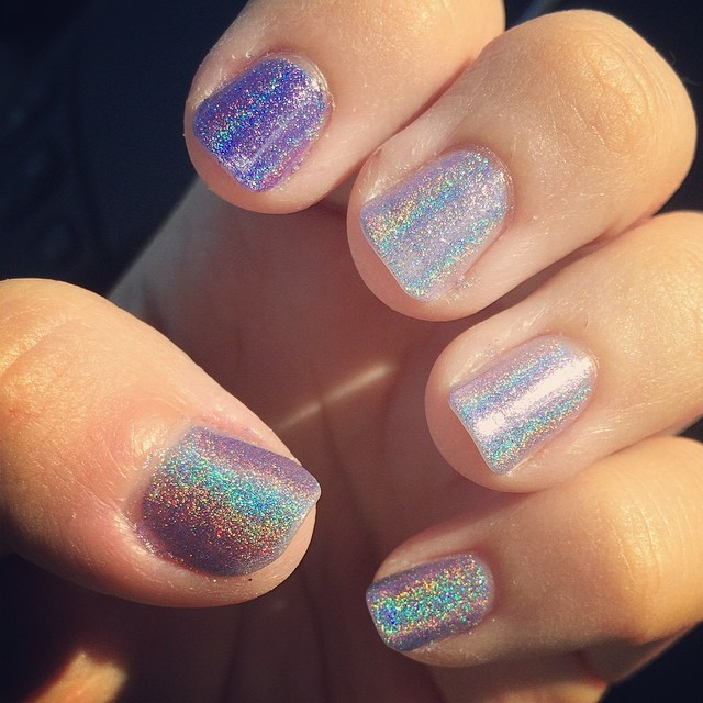 Seriously obsessed with these #holographic #rainbows! #supportindies #indienails #darlingdiva #darlingdivapolish