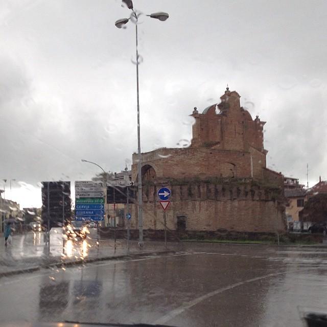 #cieloplumbeo #rain #pioggia #forli #goodmoringfromforli #buongiornouncazzo #buongiorno  #igr_romagna