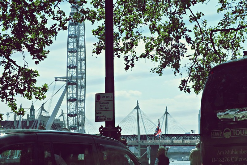 London Eye seen from Taxi