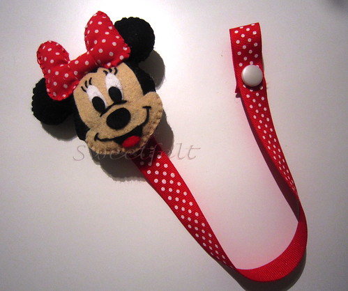 ♥♥♥ Minnie para prender a chupetita... by sweetfelt \ ideias em feltro