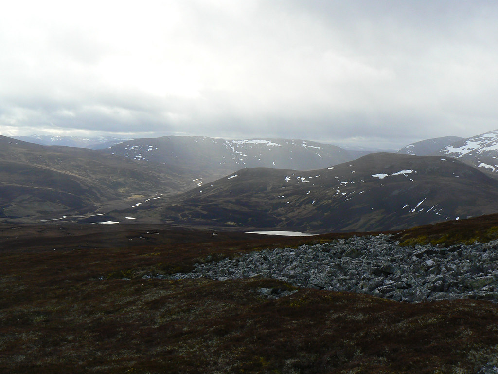 Towards Glen Gairn and Carn Liath