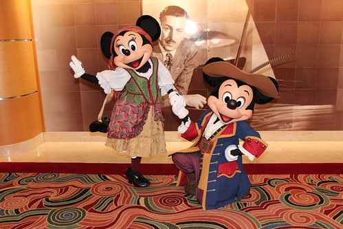 Pirate Mickey and Minnie