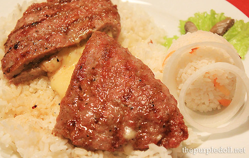 Stuffed Pljeskavica with Rice P320