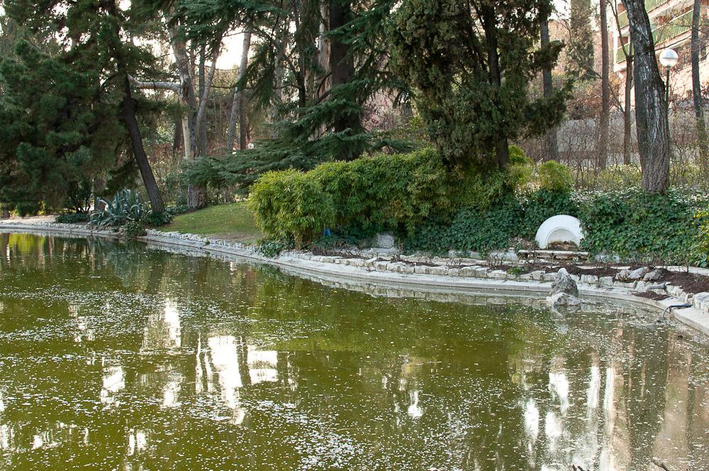 El parque de la quinta de los molinos y sus almendros en flor for Piso quinta de los molinos