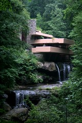 Fallingwater (by: Kevin T. Quinn, creative commons license)