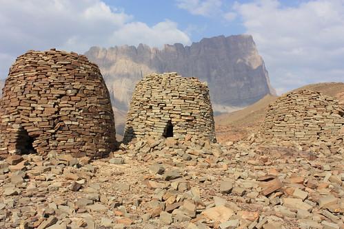 Al Ayn, tombs