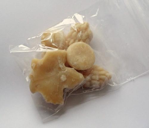 Package 04 b.jpg